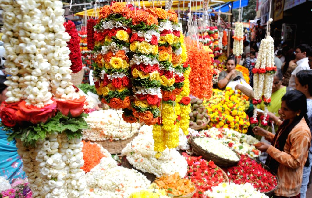 People busy shopping ahead of Varamahalakshmi festival in Bangalore on Aug 7, 2014.