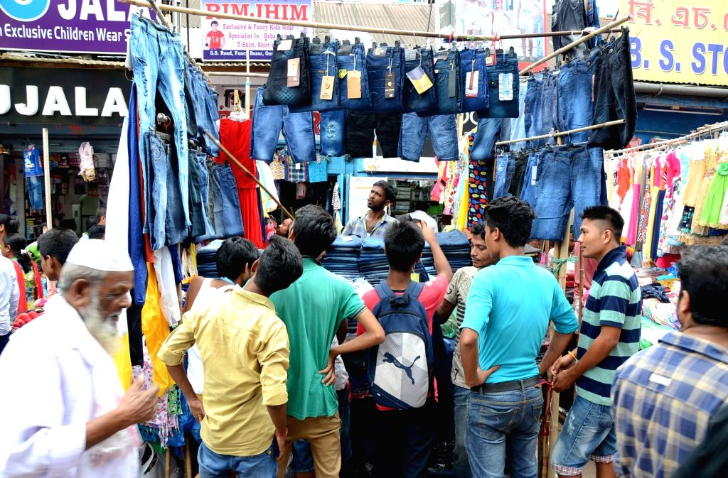 People busy with Durga Puja shopping in Guwahati on Oct 7, 2016.