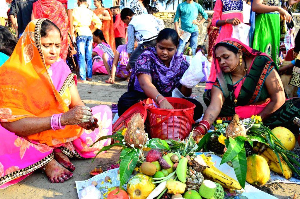 People celebrate Chhath Puja in Mumbai on Nov 18, 2015.