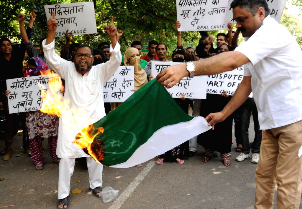 People demonstrate against Pakistan at Jantar Mantar in New Delhi on Aug 22, 2014.