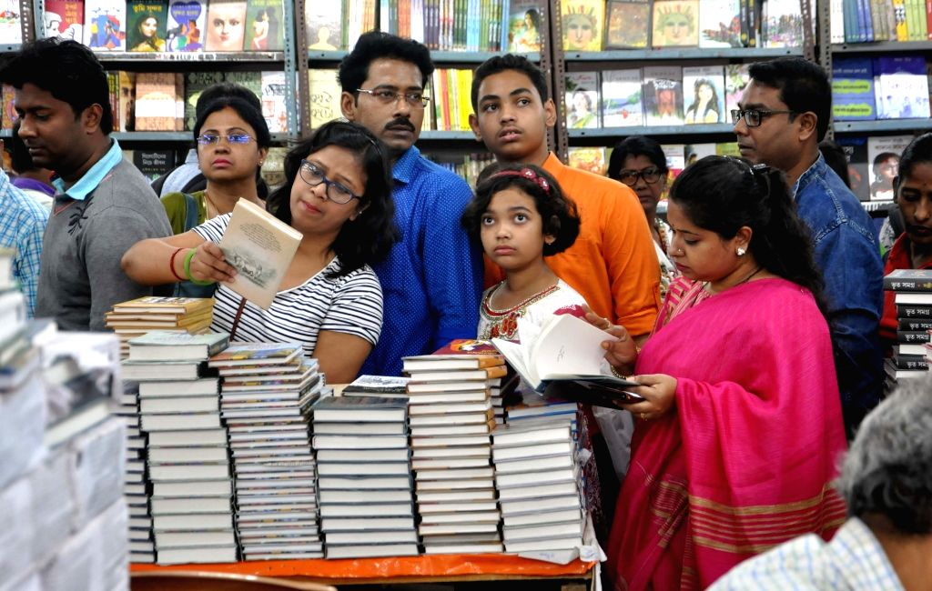 People during the sixth Kolkata Literature Festival of 43rd International Kolkata Book Fair, on Feb 9, 2019.