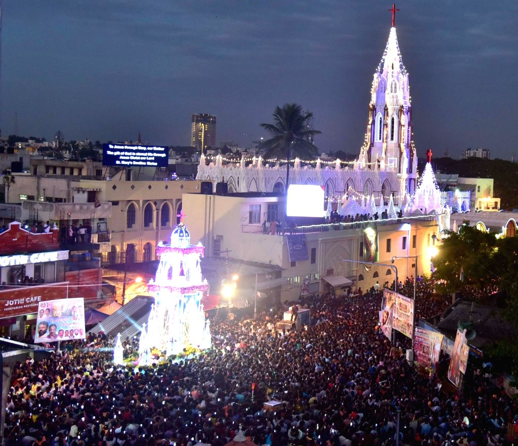 People in large numbers participate in St Mary's Feast at St Mary's Basilica, in Bengaluru on Sept 8, 2016.