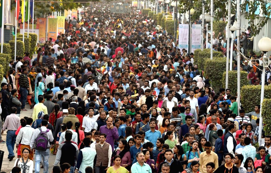 People in large numbers throng India International Trade Fair in New Delhi on Nov 27, 2016.