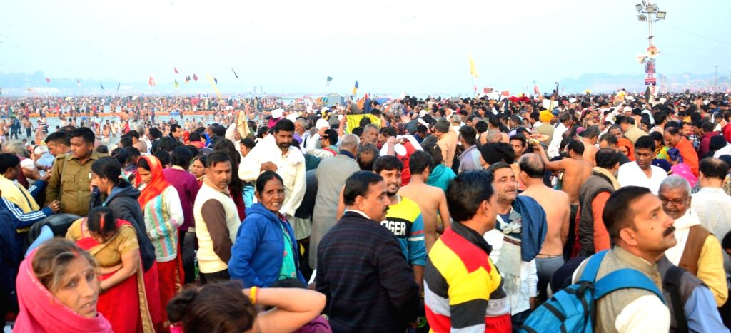 People in large numbers throng Sangamthe holy confluence of the sacred Ganga, Yamuna and the mythical Sarawasti rivers, on Maha Shivratri in Prayagraj on March 4, 2019..