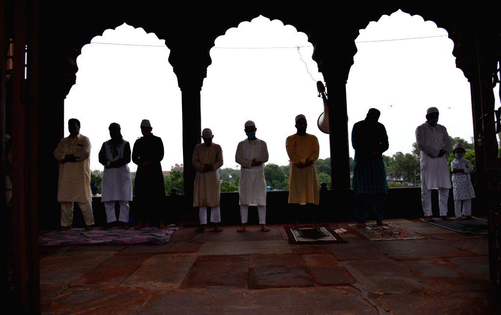 People offer Eid-ul-Adha prayers at the Jama Masjid in Delhi on Aug 1, 2020.