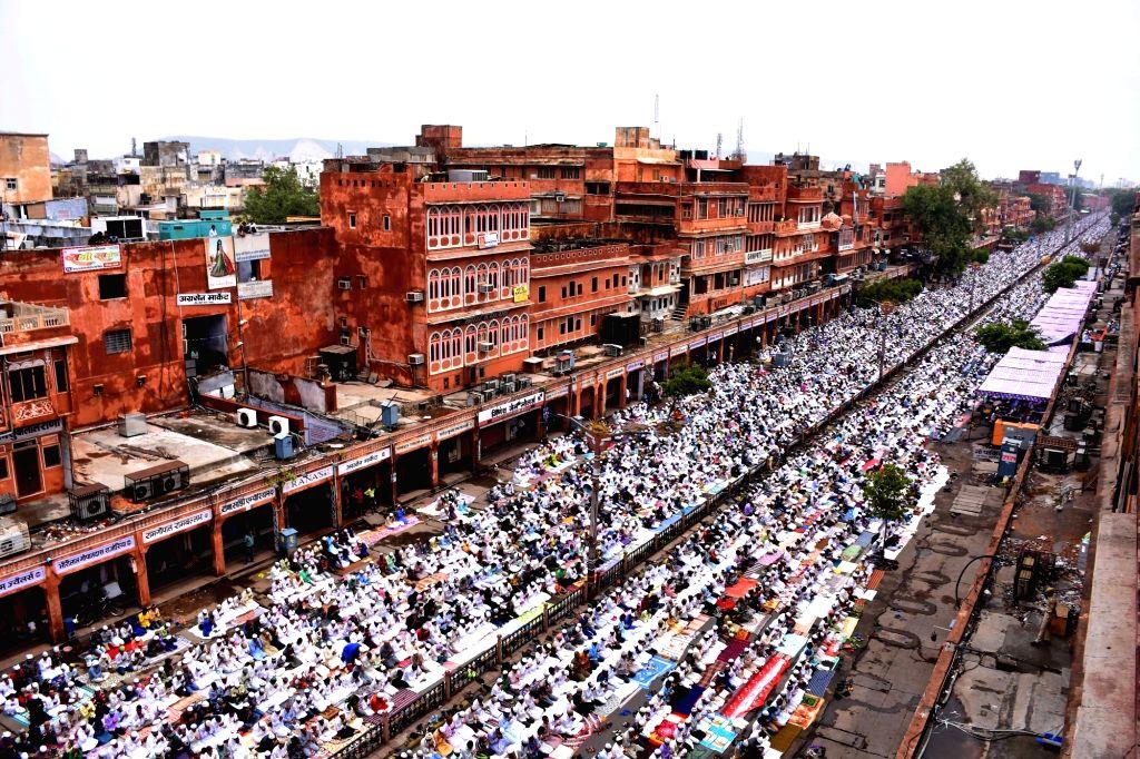 People offer namaaz on Jamat-Ul-Vida during Ramadan in Jaipur, on July 1, 2016.