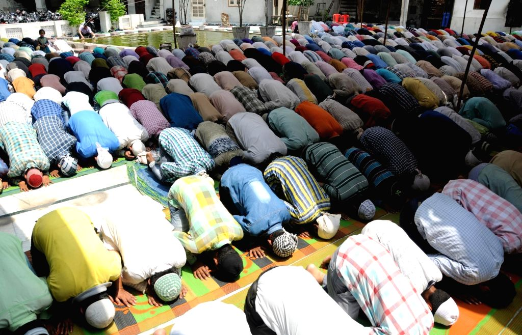 People offer namaz at Jama Masjid Khairuddin mosque during the holy month of Ramadan, in Amritsar, on June 8, 2017.