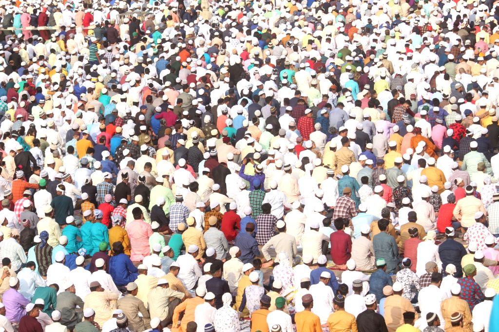 People offer namaz on Eid-ul-Fitr at Jama Masjid in New Delhi on June 5, 2019.