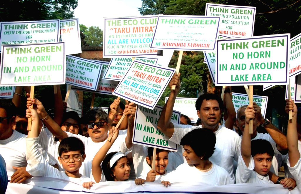 People participate in an awareness rally - 'Think Green and Live Green' in Kolkata on Sep 9, 2017.