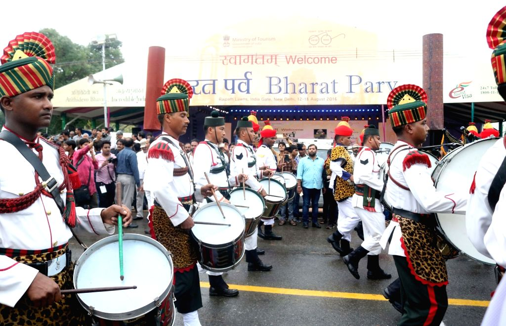 """People participate in """"Bharat Parv"""" at India Gate in New Delhi on Aug. 12, 2016. """"Bharat Parv is being organized by Government of India as part of Independence Day ..."""