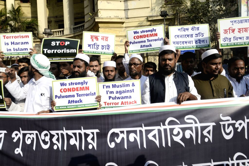 People stage a demonstration to condemn 14 Feb Pulwama militant attack, in Kolkata on Feb 20, 2019.