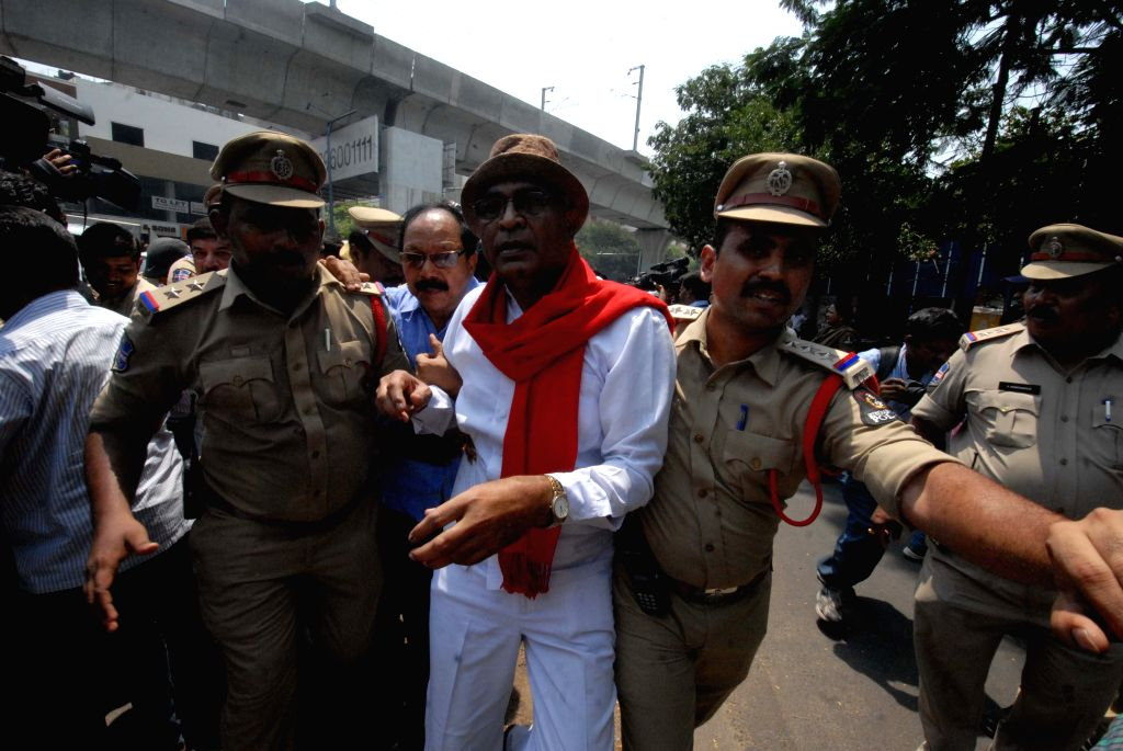 People staging a demonstration against the massive bungling in Intermediate examination results, being taken into police custody, in Hyderabad on April 29, 2019.