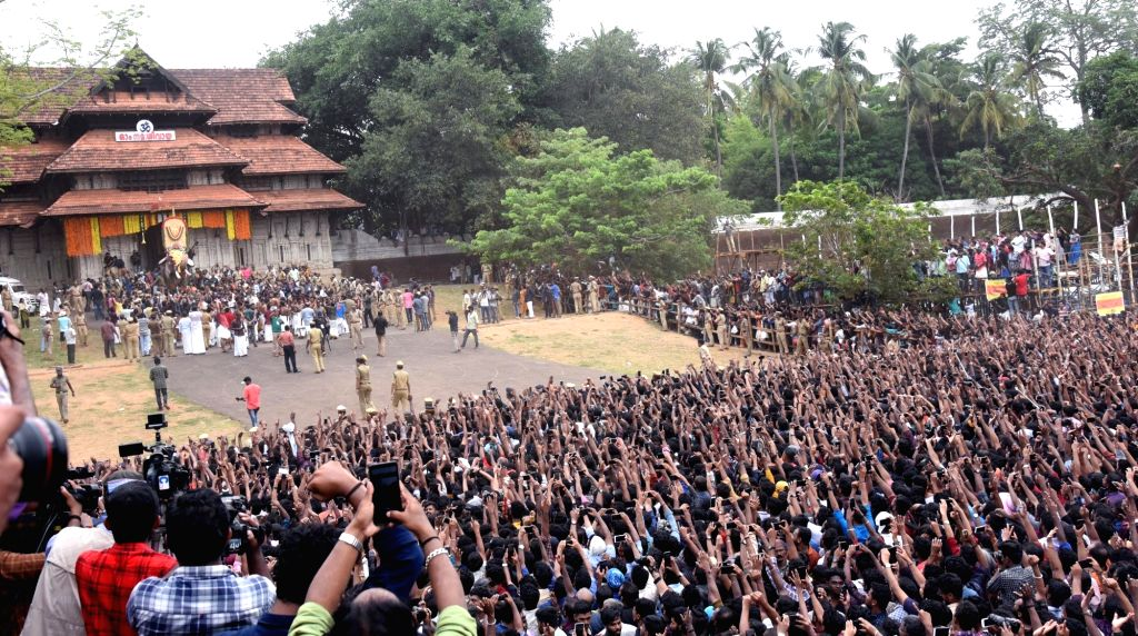 People throng the venue Vadakkunnathan Temple, on the eve of the 2019 Thrissur Pooram festival, in Kerala's Thrissur, on May 12, 2019.