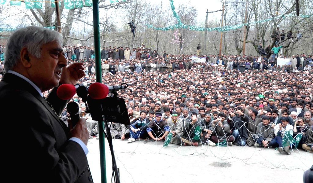 Peoples Democratic Party (PDP) Founder Mufti Mohmmad Sayeed addressing an election rally at Devsar Village in Kulgam district of South Kashmir on April 19, 2014.