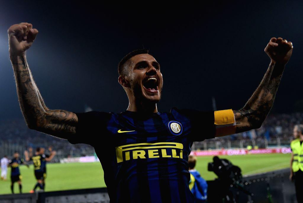 PESCARA, Sept. 12, 2016 - Mauro Icardi of Inter Milan celebrates scoring during an Italian Serie A football match between Inter Milan and Pescara, in Pescara, Italy, Sept. 11, 2016. Inter Milan won ...