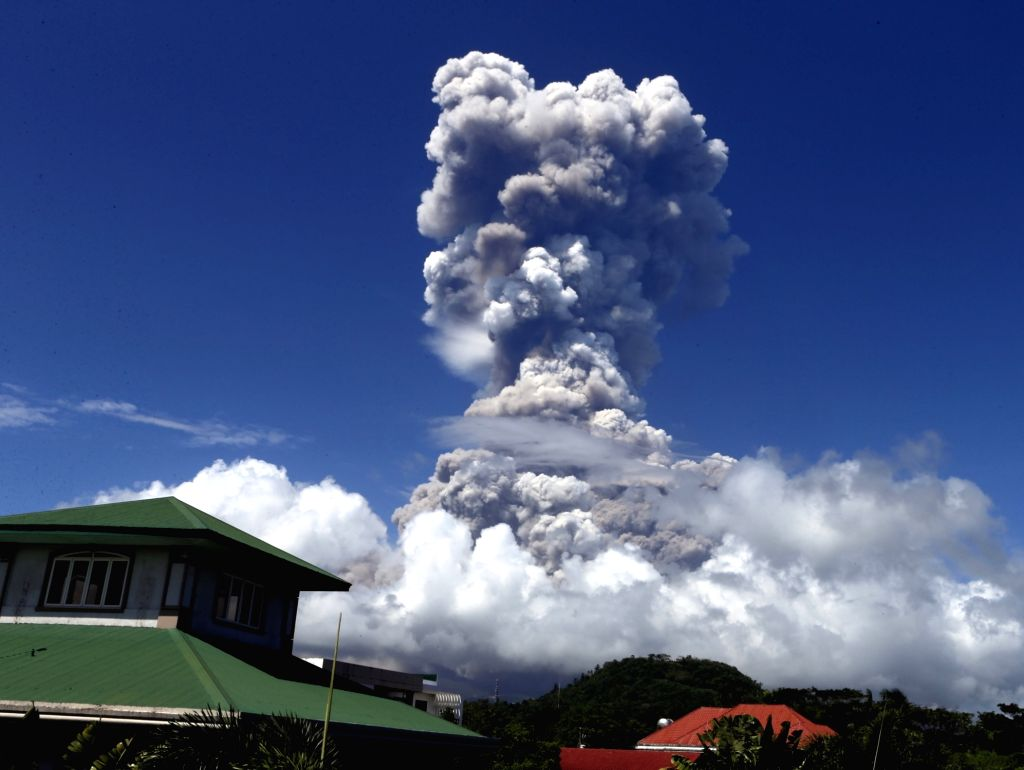 Philippines volcano 'enters a period of unrest'