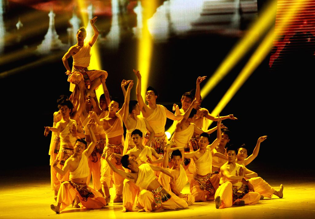 Chinese artists perform during the 2015 Spring Festival Night Show of Cambodia-China relations in Phnom Penh, Cambodia, Feb. 10, 2015. Approximately 200 Chinese .