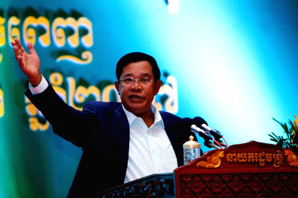 PHNOM PENH, Jan. 14, 2017 - Cambodian Prime Minister Samdech Techo Hun Sen addresses to local journalists in Phnom Penh, Cambodia, Jan. 14, 2017. Cambodian Prime Minister Samdech Techo Hun Sen hosted ... - Samdech Techo Hun Sen