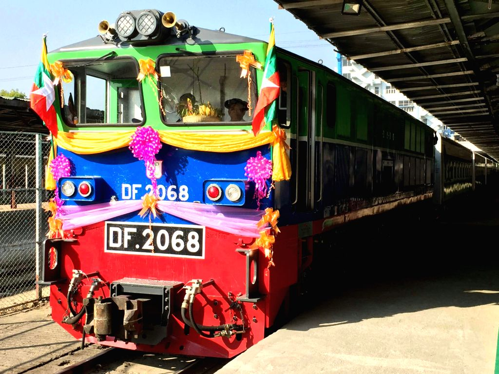 Photo taken on Jan. 18, 2016 shows a new express train at the new sectional express trains launching ceremony in Mandalay, Myanmar. Two new express trains running ...
