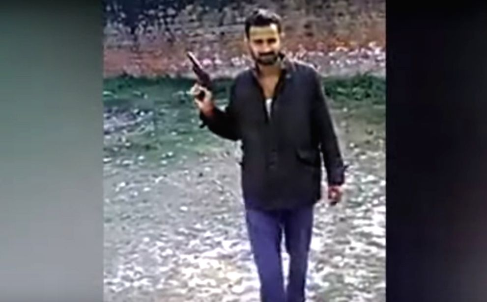 Pistol in jail video made of clay: UP government