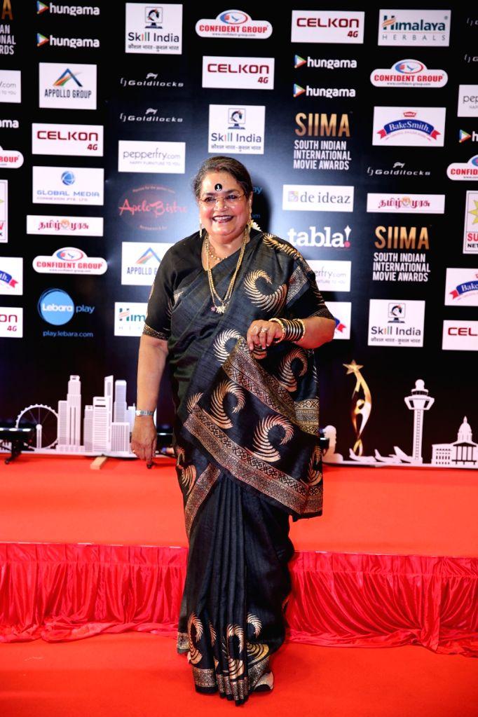 Playback Singer Usha Uthup at SIIMA Awards 2016.