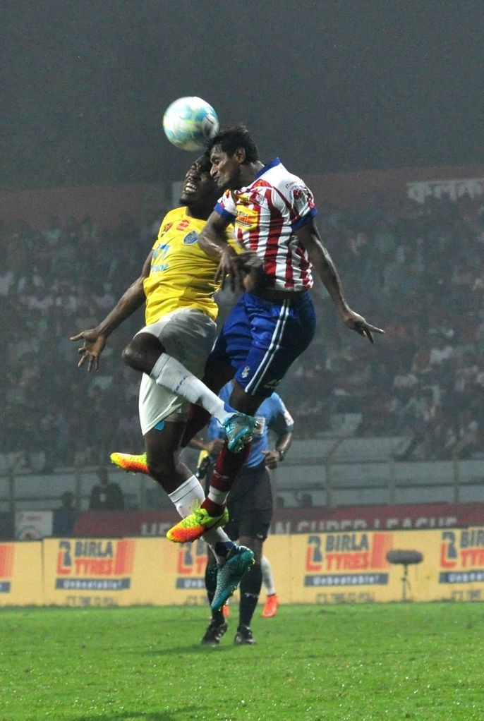 Players in action during an Indian Super League match between Atletico de Kolkata and Kerala Blasters FC in Kolkata on Nov 29, 2016.