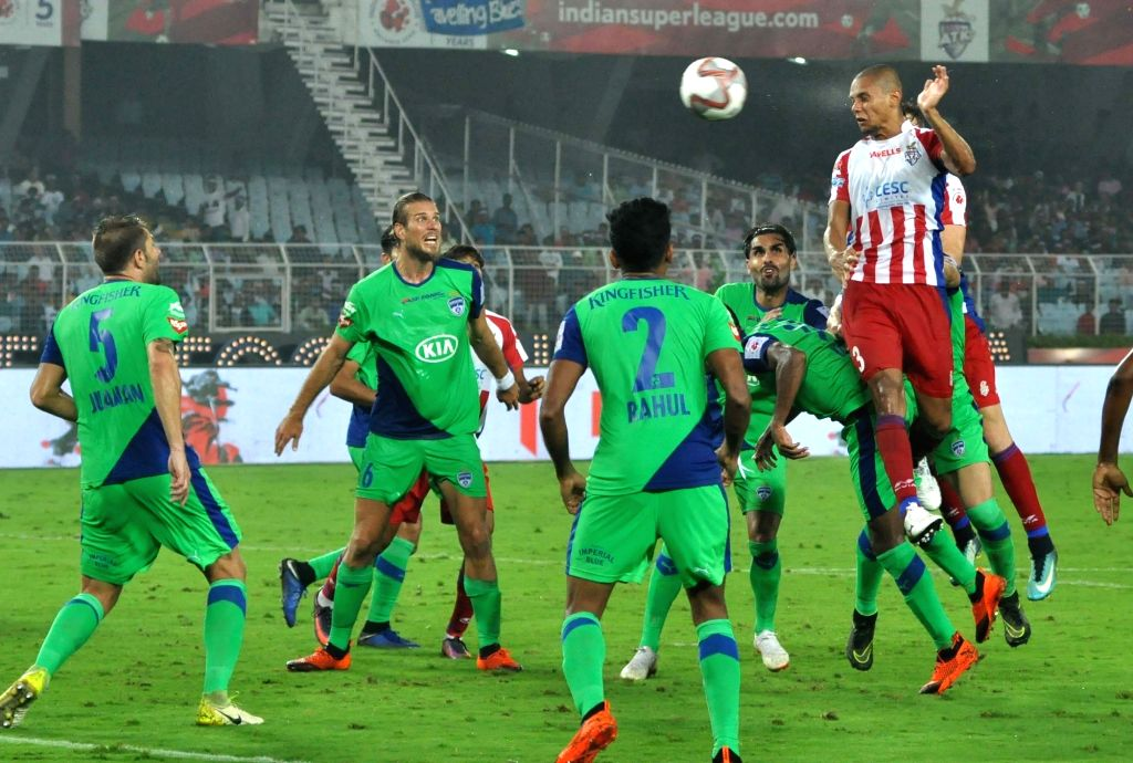 Players in action during an ISL 2018 match between ATK and Bengaluru FC in Kolkata on Oct 31, 2016.
