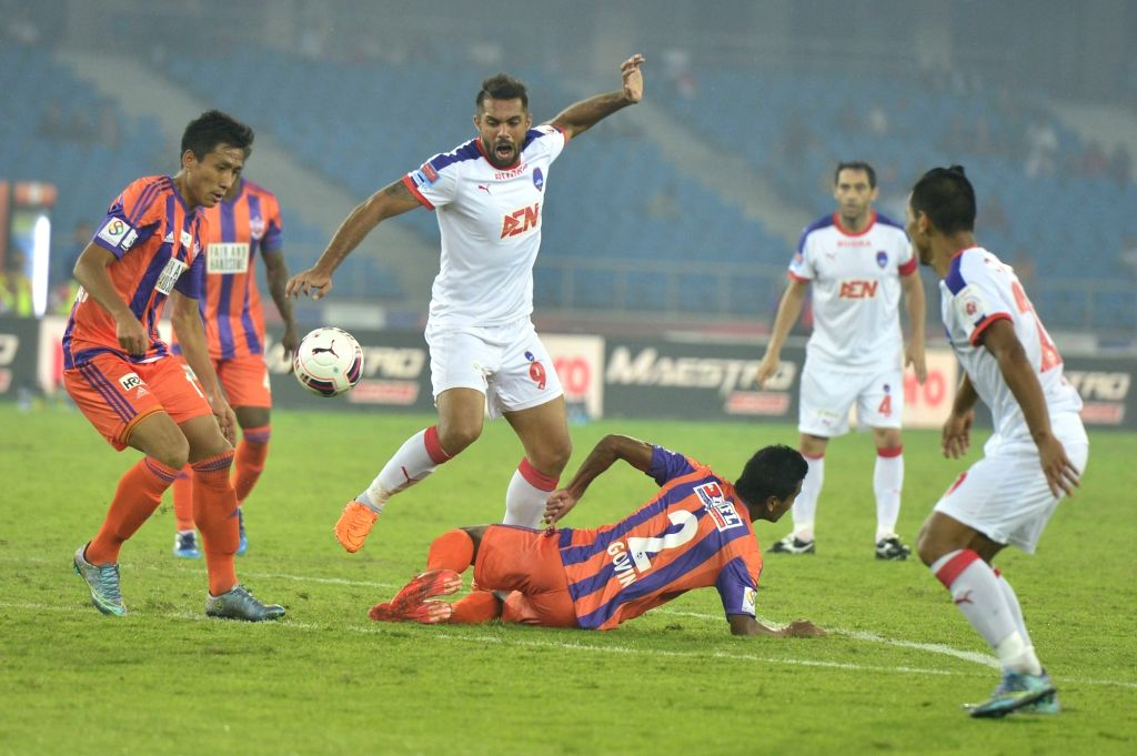 Players in action during an ISL match between Delhi Dynamos FC and FC Pune City at Jawaharlal Nehru Stadium in New Delhi, on Nov 19, 2015.