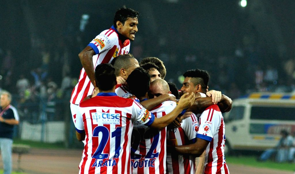 Players in action during an ISL match between Atletico de Kolkata and FC Goa in Kolkata on Nov 22, 2015.