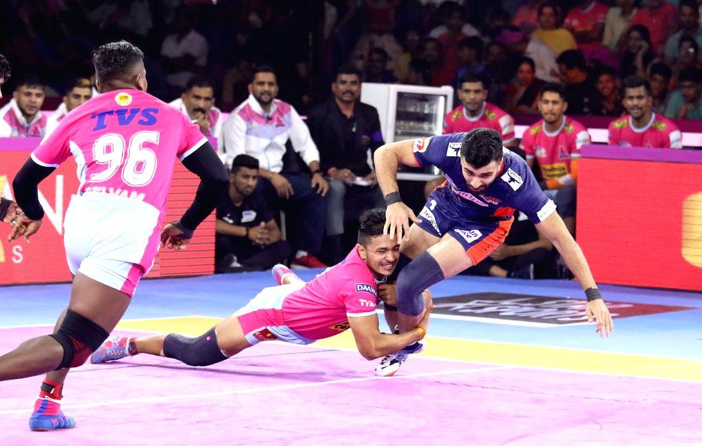 Players in action during Pro Kabaddi Season 7 match between Jaipur Pink Panthers and Bengal Warriors at Sawai Mansingh Indoor Stadium in Jaipur on Sep 22, 2019.