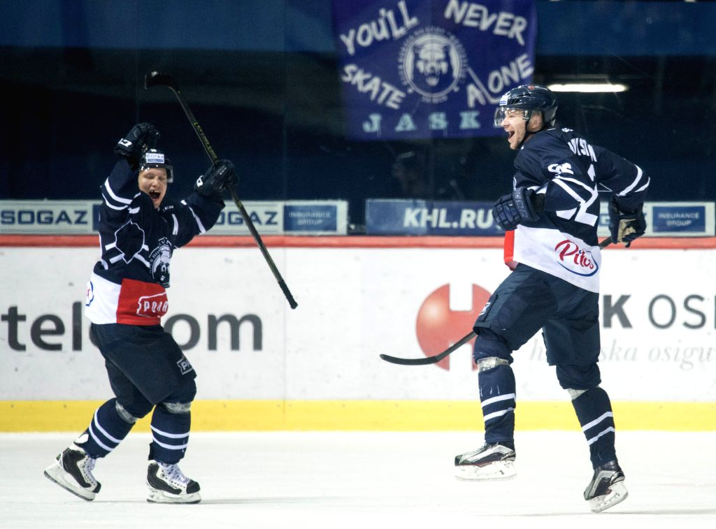 Players of Medvescak Zagreb celebrate during a Kontinental Hockey League (KHL) match against CSKA Moscow in Zagreb, capital of Croatia, Nov. 16, 2015. Medvescak ...