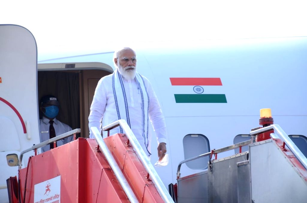 PM arrived at Ahmedabad airport.