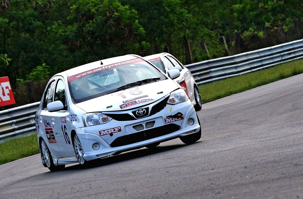 Pole for Jhabakh in premier Indian Touring Cars class.