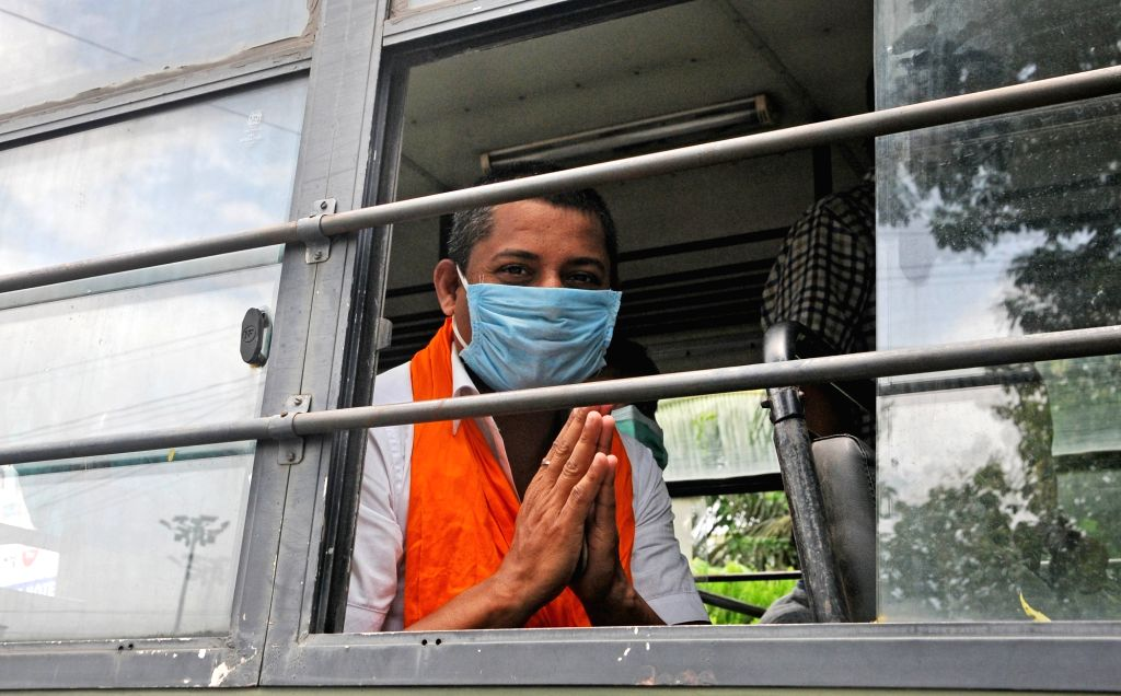 Police detains BJP activists during their protest rally against vandalism at the Visva Bharati University, in Kolkata on Aug 28, 2020.