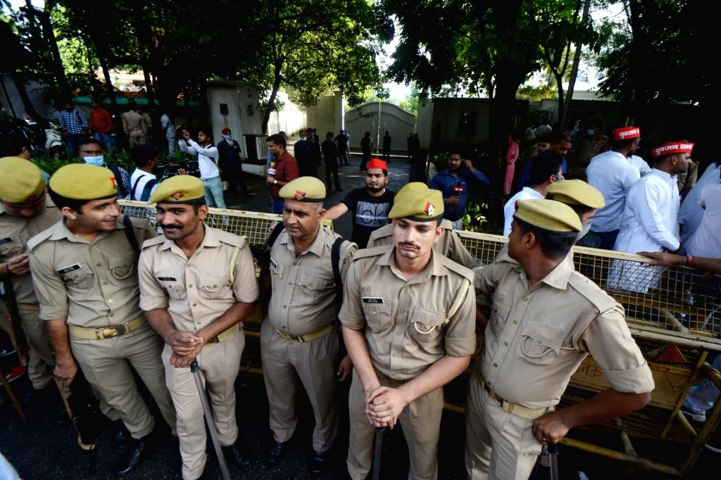 Police personnel stand guard outside Samajwadi party president Akhilesh Yadav residence in Lucknow on Monday October 04,2021.(photo: Phool Chand/IANS) - Akhilesh Yadav
