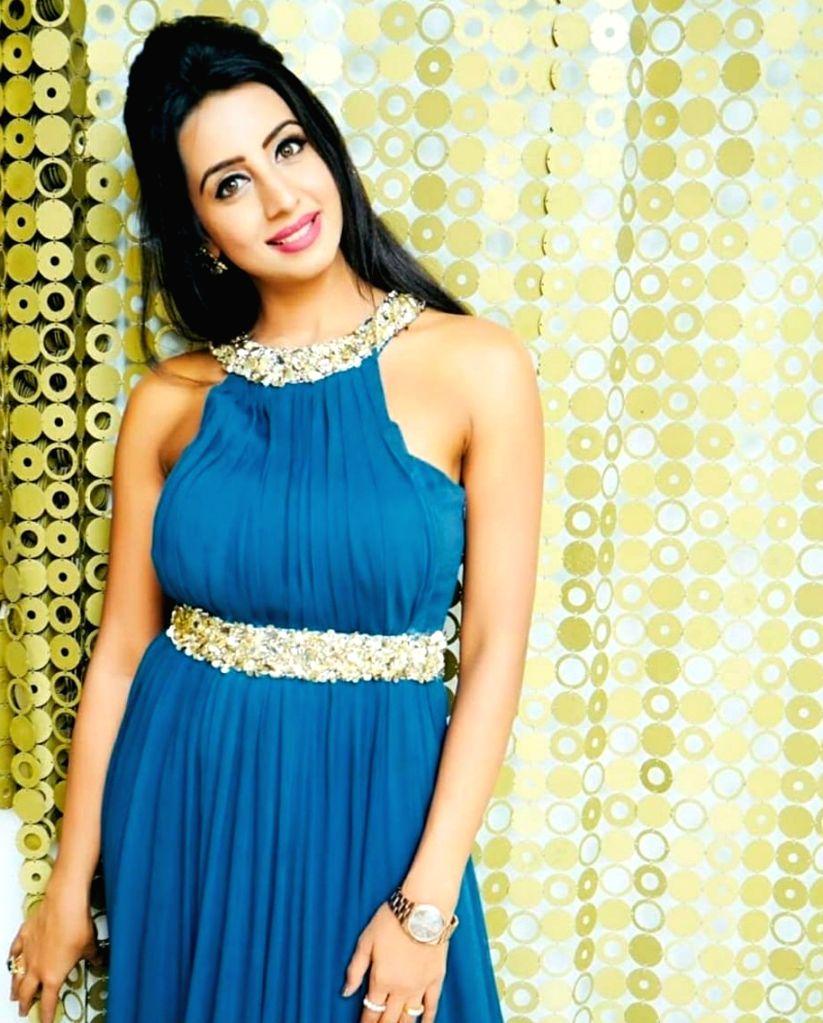 Police raid Kannada actress Sanjana Gulrani's home in drug case. - Sanjana Gulran