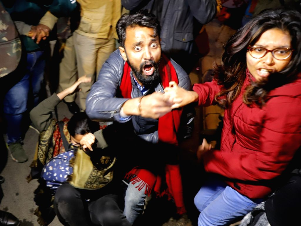 Police thwarts JNU students' protest march towards the Rashtrapati Bhavan in New Delhi on Jan 9, 2020. The students were allegedly baton-charged and detained while they tried to march ...