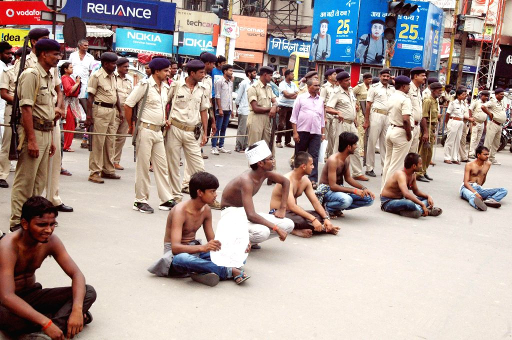 Polytechnic students stage a demonstration in Patna on Aug 26, 2014.