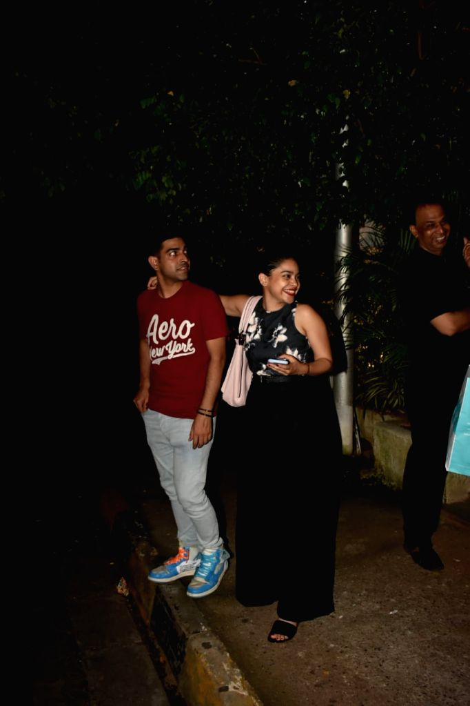 Pooja Batra, Nawwab Shah & others spotted at Olive Bandra. - Nawwab Shah