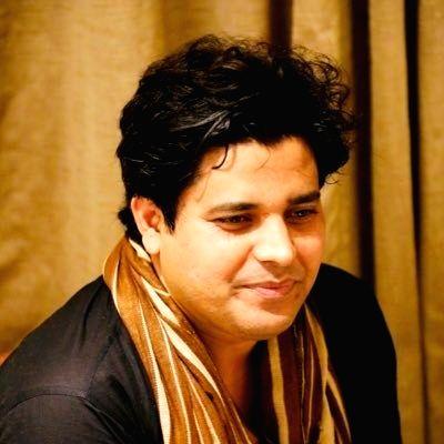 popular poet Imran Pratapgarhi.(photo:Imran Pratapgarhi Twitter)