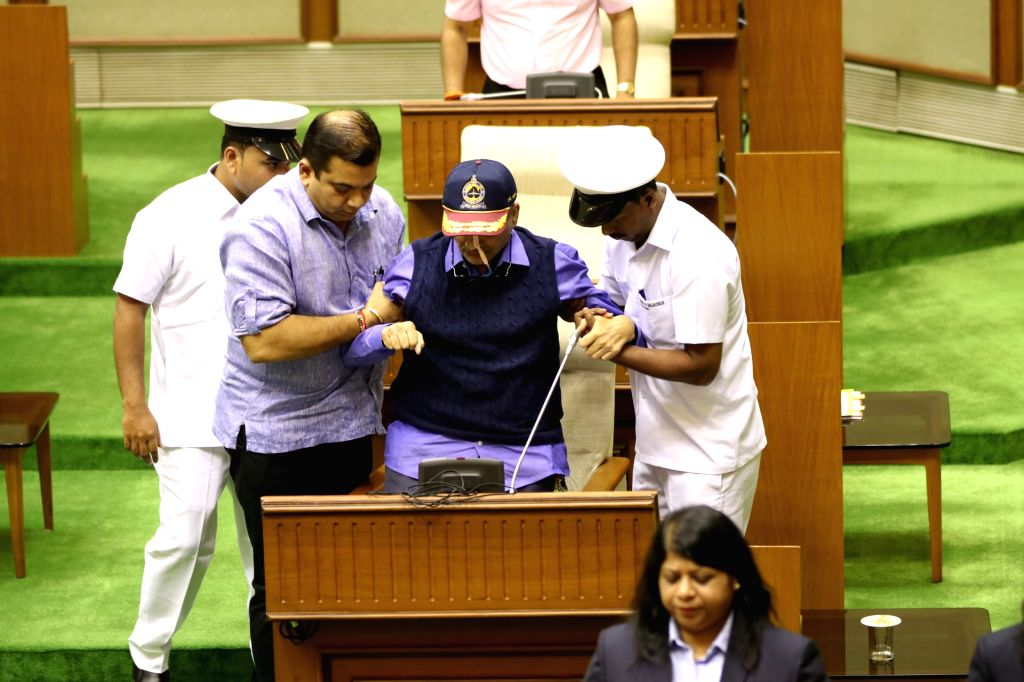 Porvorim: Ailing Goa Chief Minister Manohar Parrikar at the state assembly on the first day of its three-day budget session, in Porvorim on Jan 29, 2019. (Photo: IANS) - Manohar Parrikar