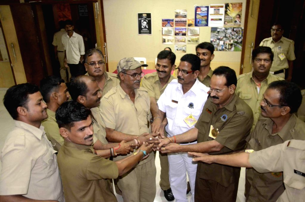 Pratap Kale, a driver by profession, who was the first person to inform the administration about the massive landslide at Malin village near Pune, being felicitated by colleagues at Savarkar Smarak ..