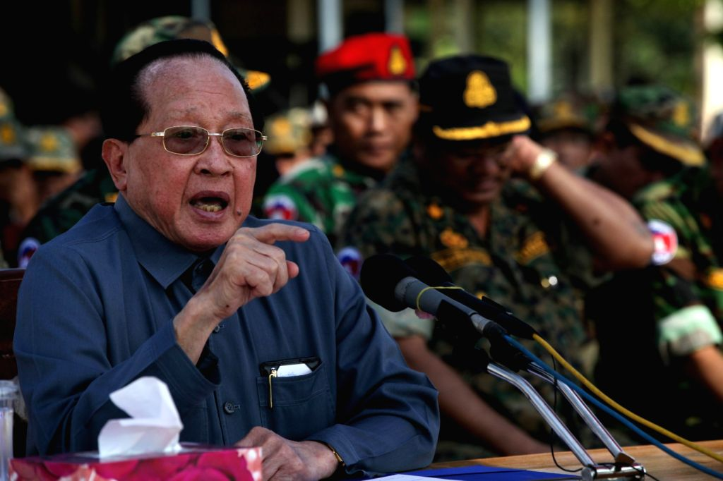 Cambodian Deputy Prime Minister and Foreign Minister Hor Namhong addresses the troops deployed at Preah Vihear area to interpret the International Court of - Hor Namhong