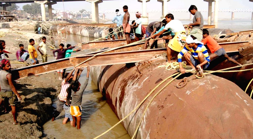 Preparations for Magh Mela underway in Allahabad on Nov 27, 2016.