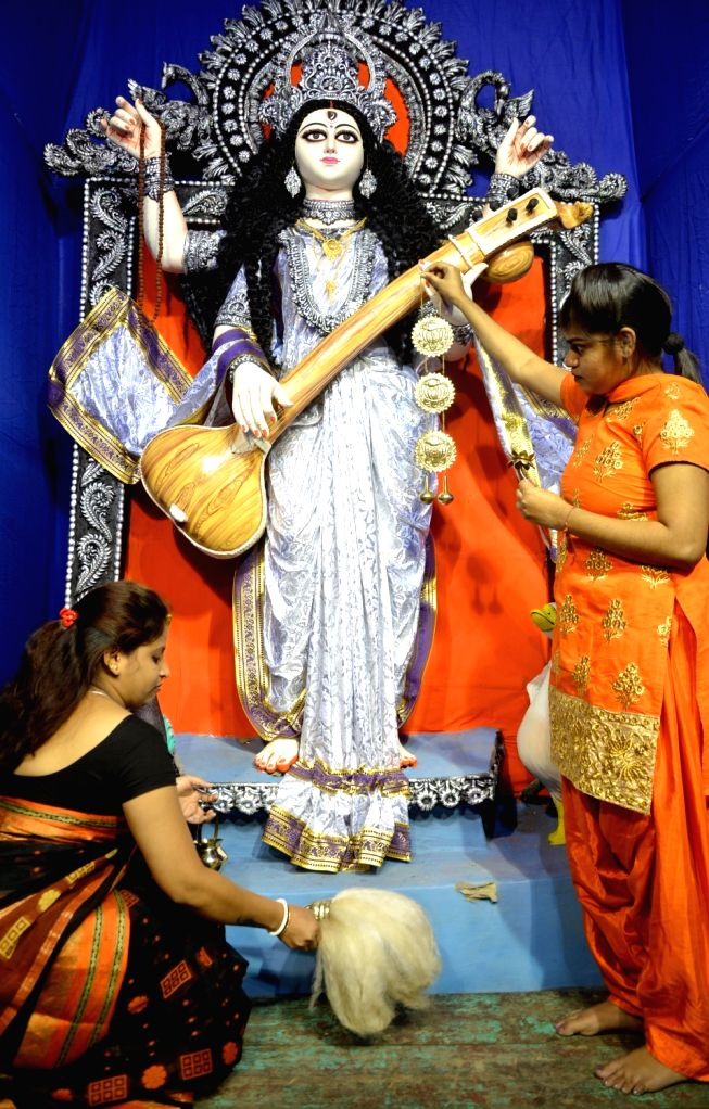Preparations for Saraswati Puja underway in Kolkata on Jan 21, 2018.