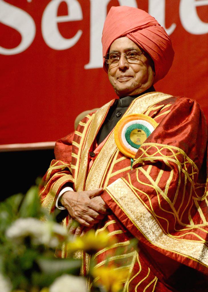 President Pranab Mukherjee during 14th Convocation of the University of Jammu in Jammu on Sept 1, 2014. - Pranab Mukherjee