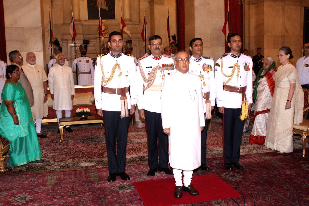 President Pranab Mukherjee during a `At Home` programme on the occasion of 69th Independence Day at Rashtrapati Bhavan in New Delhi, on August 15, 2015. - Pranab Mukherjee