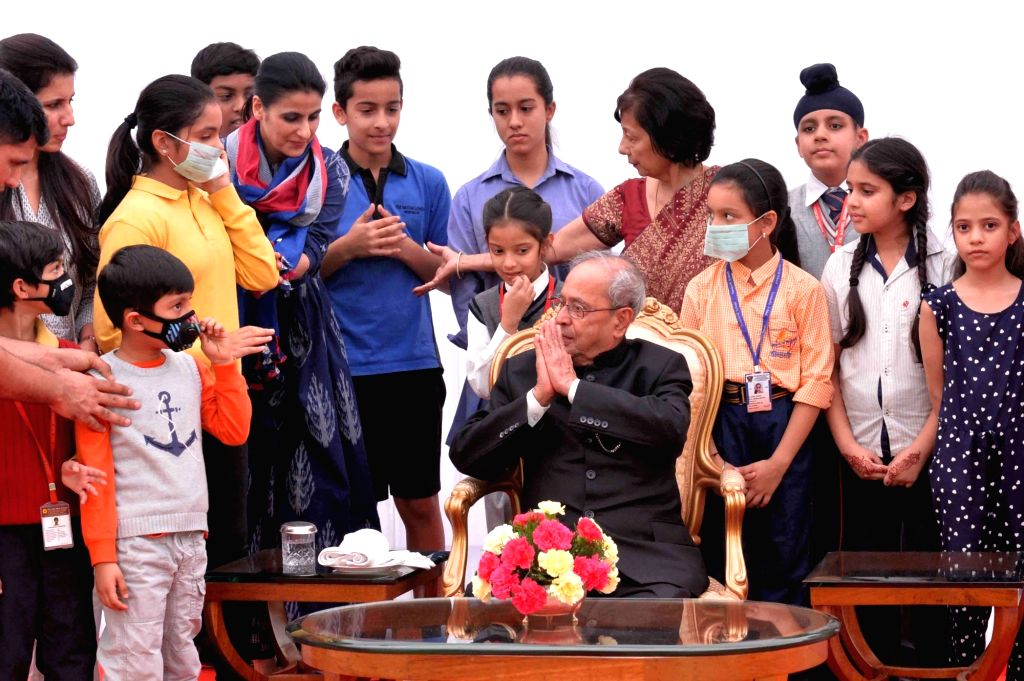 President Pranab Mukherjee meets with the students/children from various school/organisations on Children's Day at Rashtrapati Bhavan in New Delhi on Nov. 14, 2016. - Pranab Mukherjee