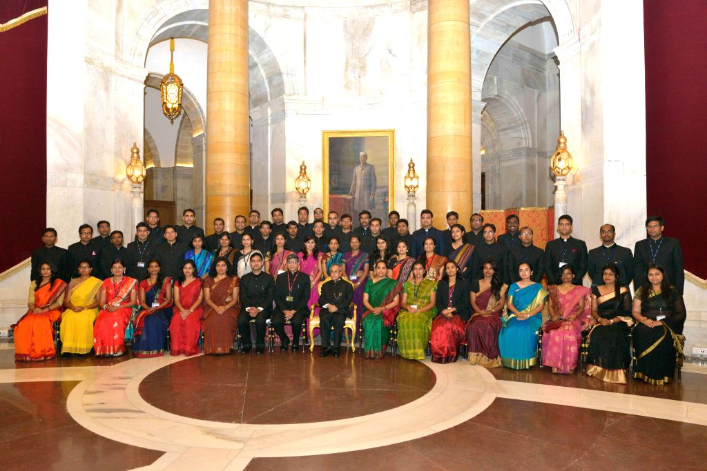 President Pranab Mukherjee with the Officer Trainees attending IAS Professional Course Phase-I for 2014 Batch at Lal Bahadur Shastri National Academy of Administration (LBSNAA) at Rashtrapati Bhavan ... - Pranab Mukherjee