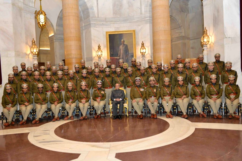President Pranab Mukherjee with the Officer Trainees of 67 RR (2014 Batch) of Indian Police Service from Sardar Vallabhbhai Patel National Police Academy, Hyderabad, at Rashtrapati Bhavan, ... - Pranab Mukherjee